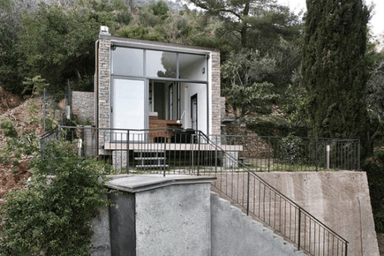 This Magical Tiny House Unites Modern Design with Gorgeous Surroundings {1}