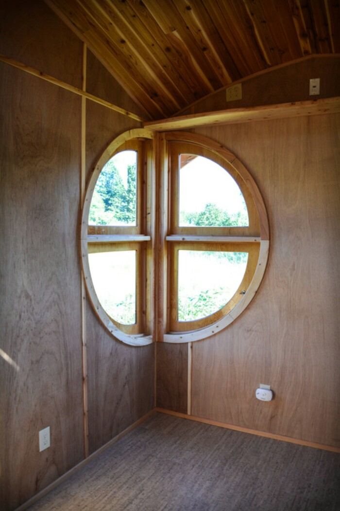 Moon Dragon Tiny House By Zyl Wardos Is Out-of-This-World Imaginative