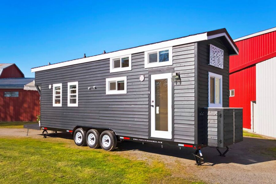 When You See Inside This Tiny House, You'll Be Amazed At What Can Fit Inside Just 28 Feet!