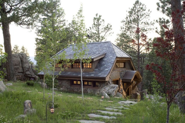 Small Mountain Cottage
