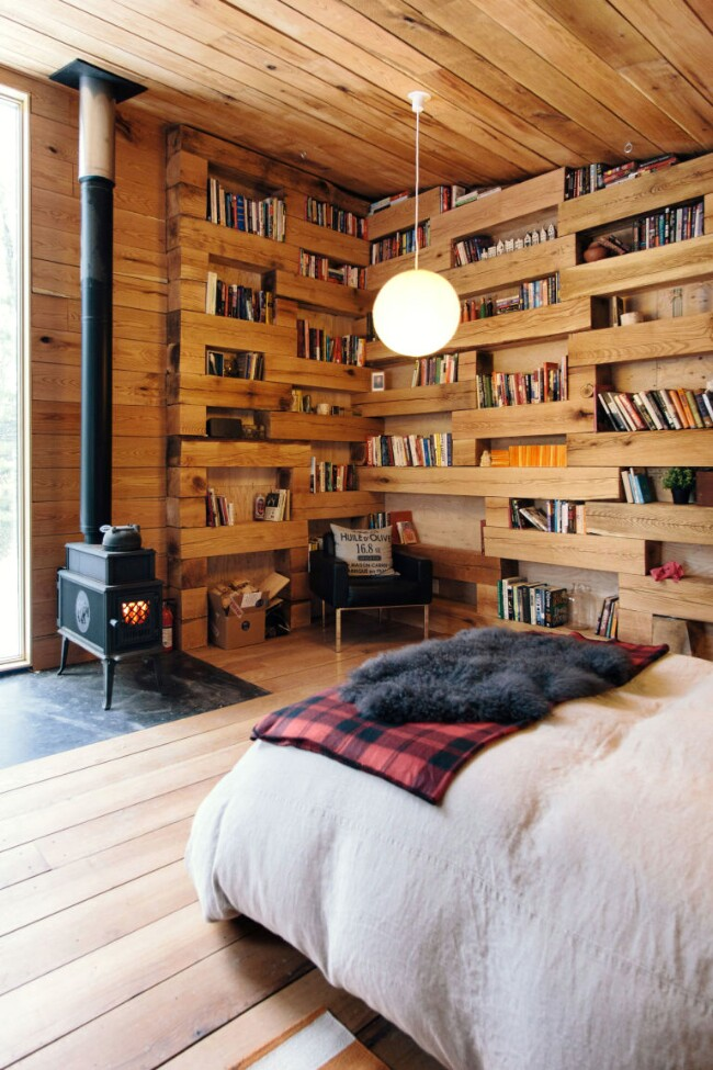 This Tiny Library Offers the Ultimate Escape from the Mundane