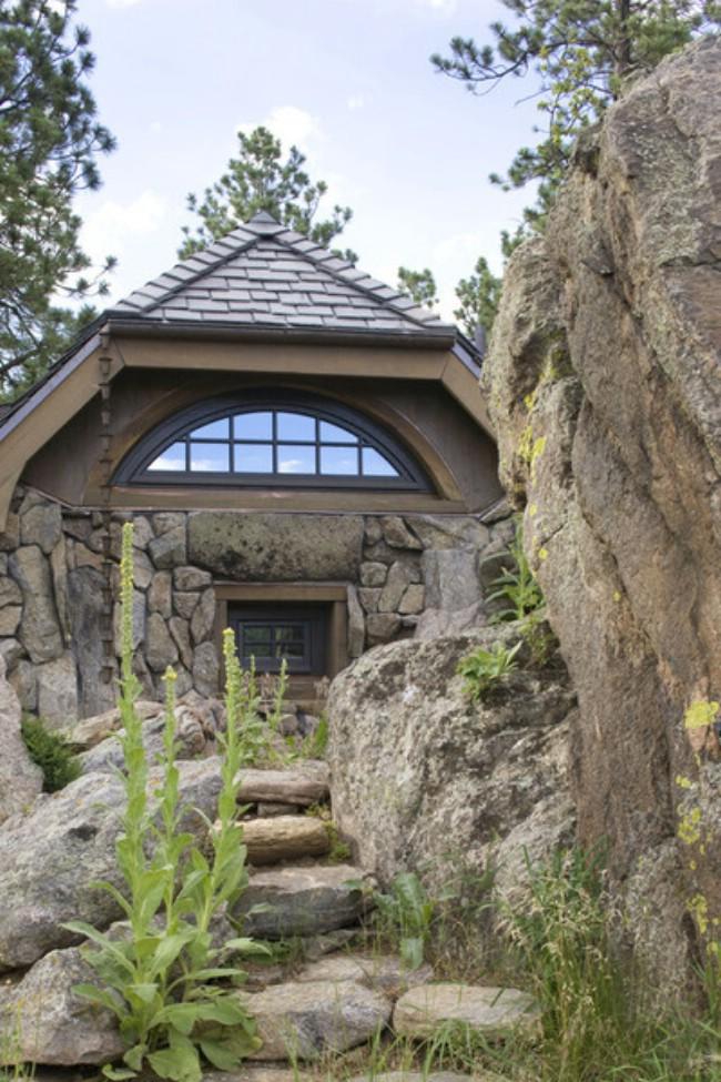 Small Mountain Cottage