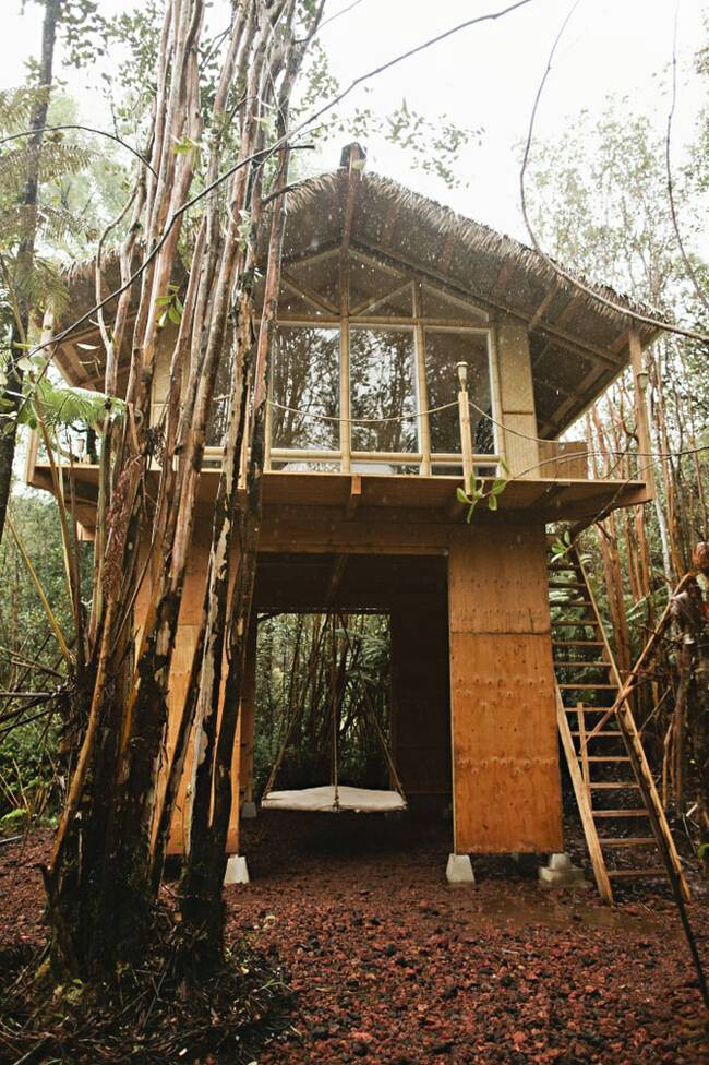 This Tiny Vacation Home in Hawaii Is Like a Whimsical Tree House