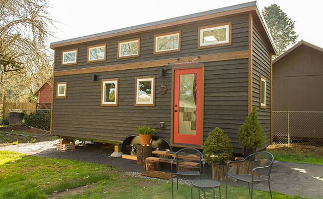 The Hikari Box is a Light Filled 263 Square Feet Tiny House of