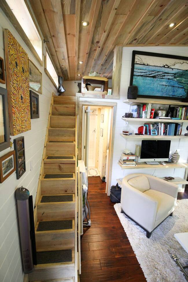 young couple lives in a baby friendly 400 square foot tiny house 13 photos video tiny houses. Black Bedroom Furniture Sets. Home Design Ideas