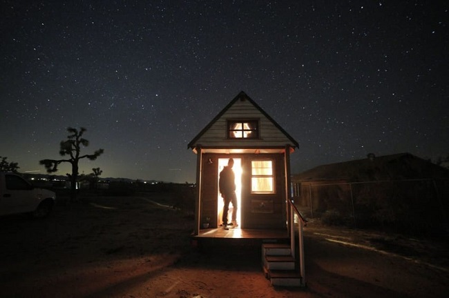 Young Couple Took Tiny House Love and True Love on a Road Trip!