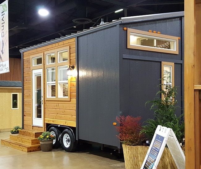 Scret Home House Luxury: 210 Square Feet Of Luxury By Tiny Pacific Houses, With