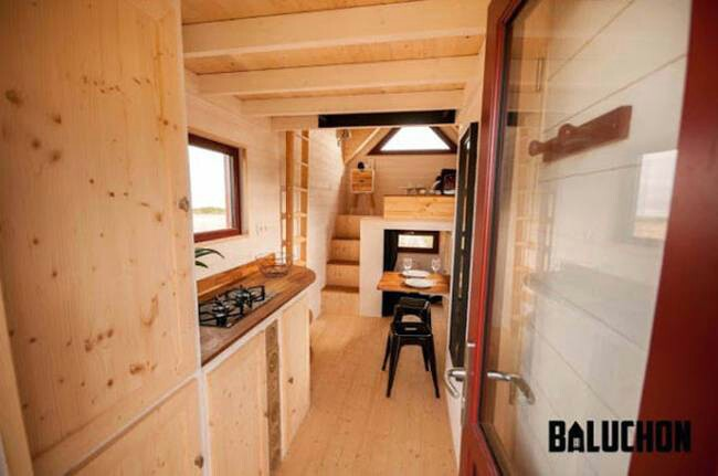 Baluchon's Incredibly Cozy Tiny House Features a Warm and Rustic Color Scheme