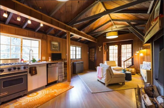 This Carriage House Seems Too Little for Luxury but Wait Until You See it!