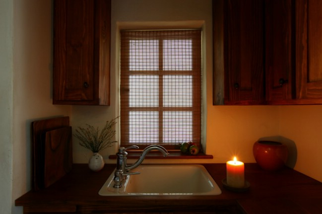 No Electricity and Only 144 Square Feet Leads to Intimate Moments in this Tiny House