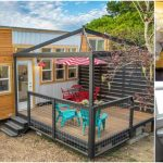 The Mauna Kea from Tiny Pacific Houses is a Tiny Big Cozy Home