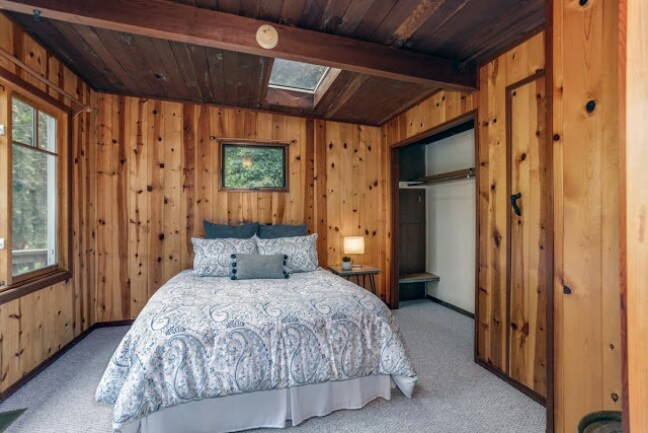 Cozy Rustic Tiny Cabin in San Lorenzo Valley will Take Your Breath Away