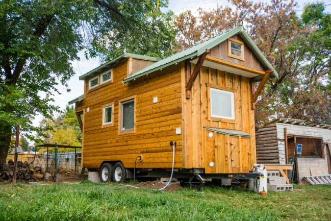 Mitchcraft Tiny Homes Design House Perfect For A Bookworm