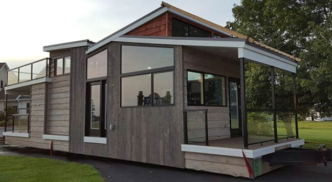 Luxurious Modern 400sf Tiny Home in Wisconsin by Utopian Villas
