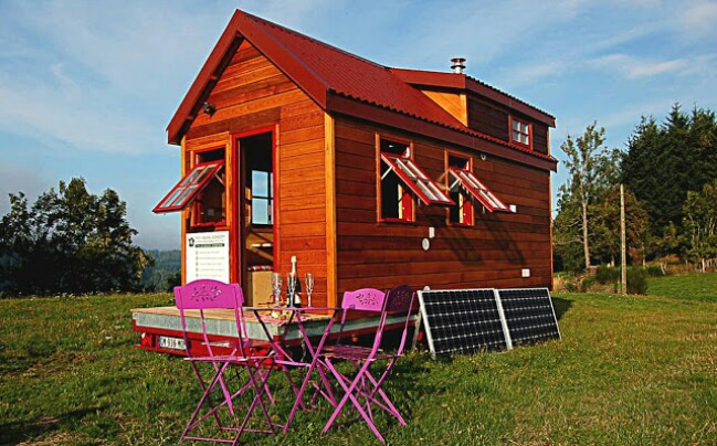 Tiny French House