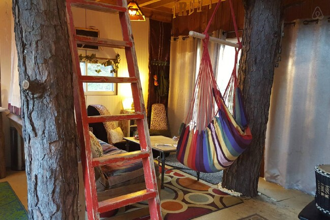 Tiny Vacation Treehouse
