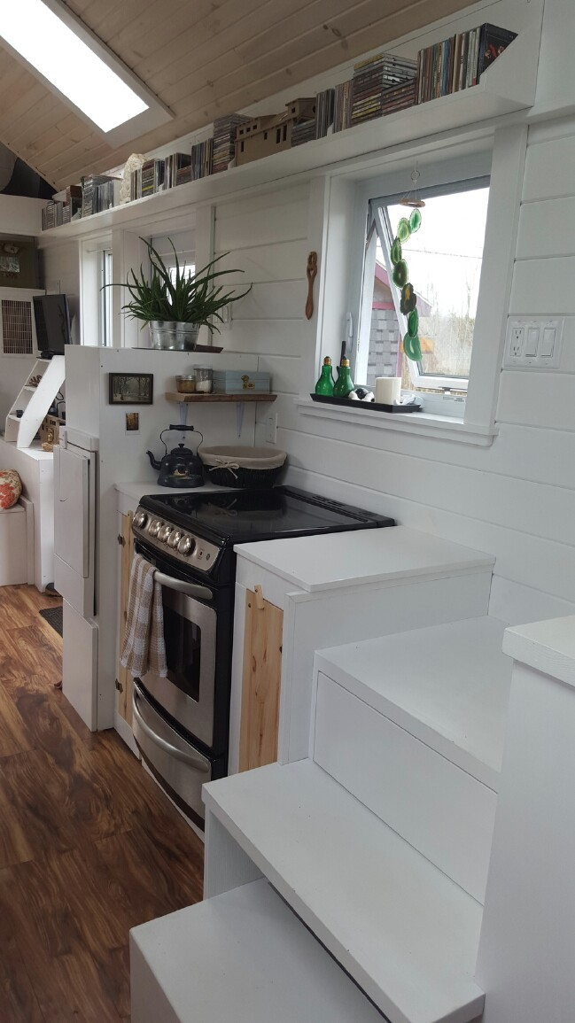 T-Berry House by Full Moon Tiny Houses