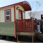 California Builder Designs Charming Single-Level Tiny Home