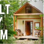 Single-Mom of 3 Children Builds Beautiful Tiny Home on Her Own