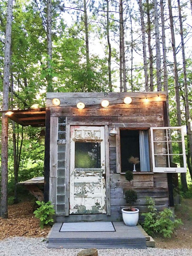 Lynne knowlton adds the bunkie to her idyllic rental for Tiny house builders ontario