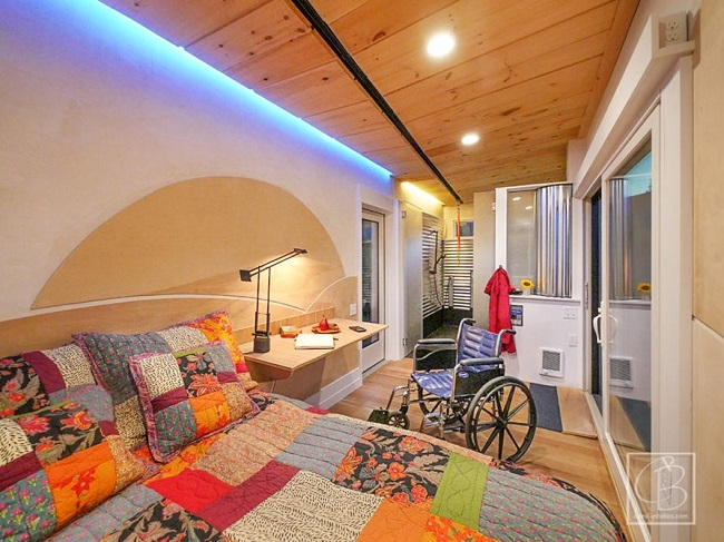 Handicap Access in this Tiny House Gives Freedom to ... on ada wheelchair house design, wheelchair-accessible home design, small 3 bedroom 2 bath house plans,