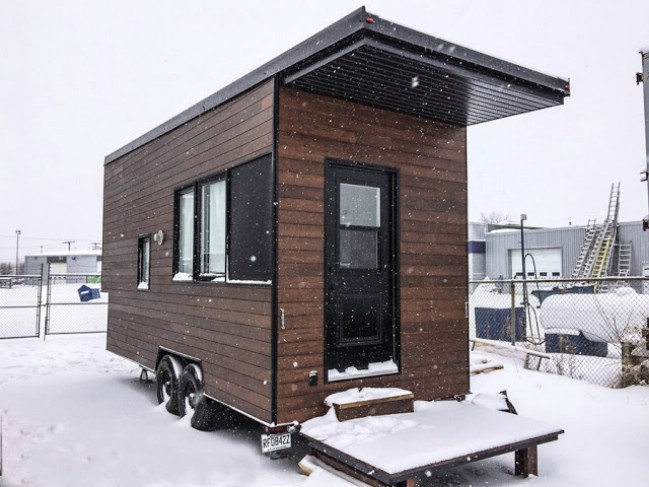 The sequoia is a 220 sf modern tiny house by quebec Modern house company