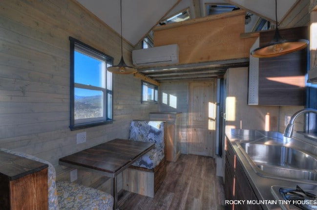 tiny house builders save the day on diy build - Tiny Houses Builders 2
