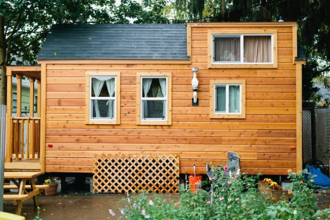 Beautifully Cozy And Rustic 255sf Tiny House Cabin For
