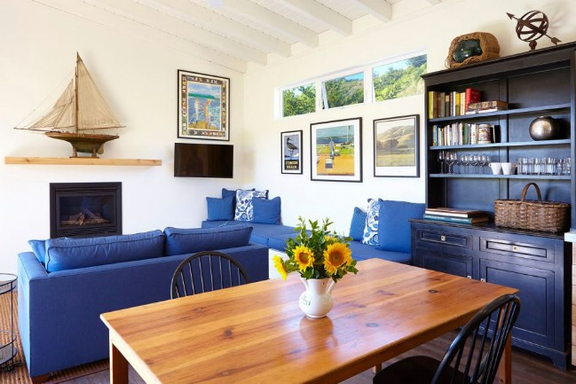 Simple California Tiny House Saves on Cost Without Sacrificing Style