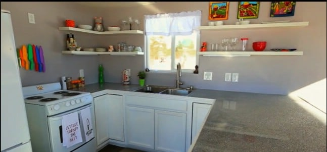 """The 399sf """"Julie"""" from Lux Tiny Builders Can Now be Yours!"""