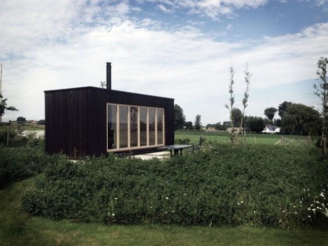 Ark Shelter from Belgium