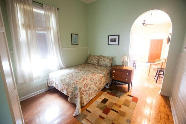 400sf Shotgun Tiny House for Rent in New Orleans