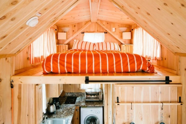 Beautifully Cozy and Rustic 255sf Tiny House Cabin for Sale in