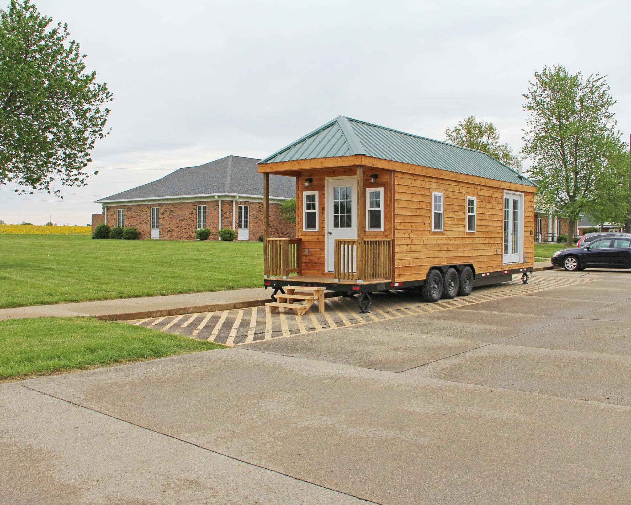 frontier community college construction technology program builds tiny house in southern. Black Bedroom Furniture Sets. Home Design Ideas