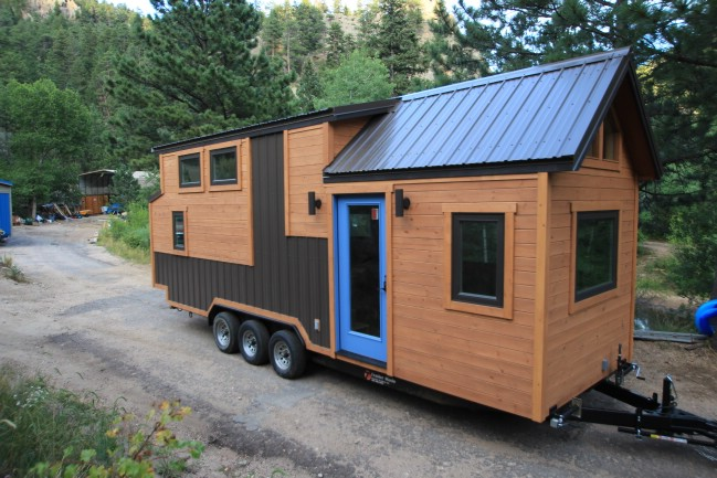 SimBLISSity Tiny Homes in Colorado Unveils Their 26