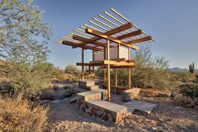 Student at frank lloyd wright school of architecture for Tiny home architects