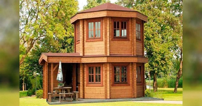 Adorable 272 square feet domed tiny house from barrett for Octagonal log cabin plans