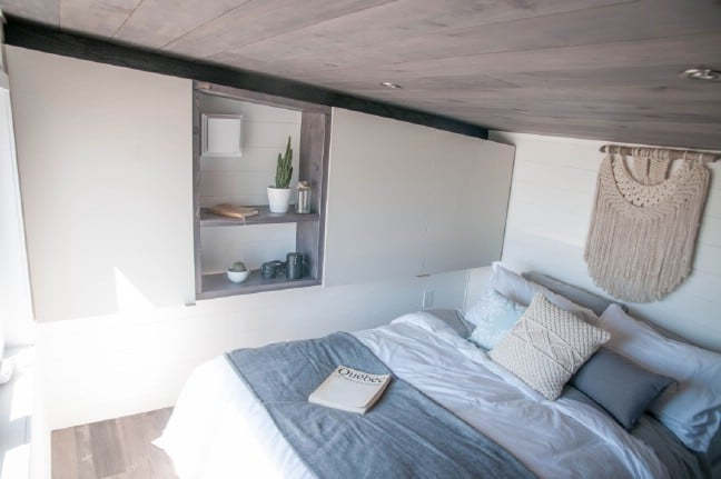 The 420 Square Foot Sakura Tiny House On Wheels By