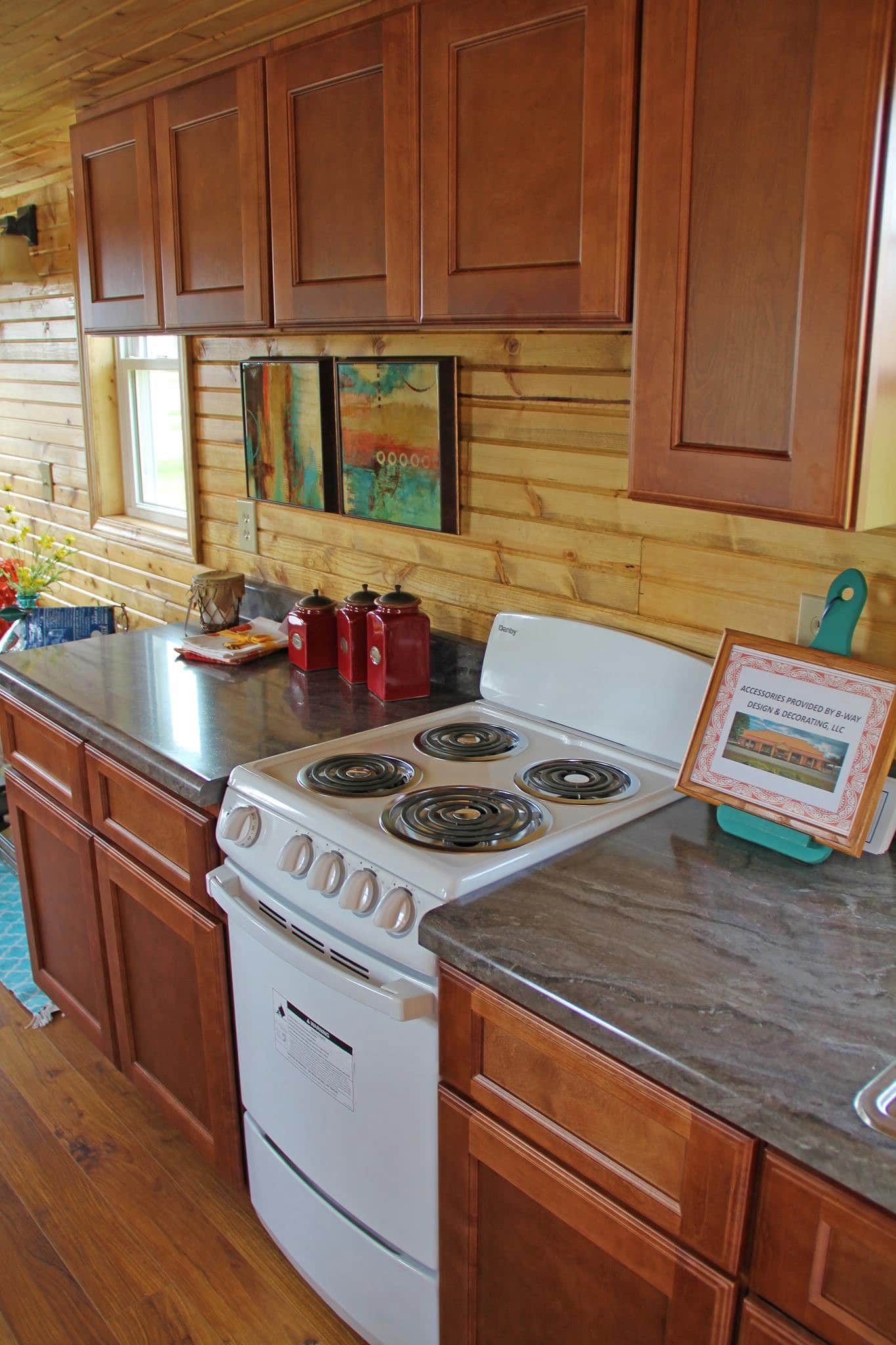 Frontier Community College Construction Technology Program Builds Tiny House In Southern