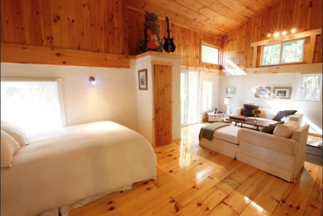 Rent This Bright And Rustic Tiny House Just North Of