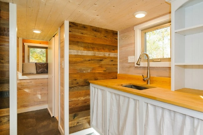 Tiny Home Designs: MH By Wishbone Tiny Homes Demands Attention Inside And Out