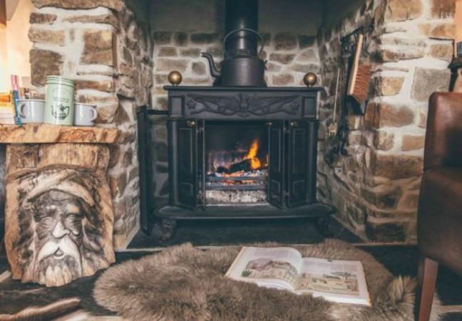 Nomad Hut & Cottage Tiny House Tour