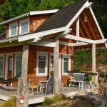 Samurai Carpenter Finally Finishes Construction on DIY Tiny House