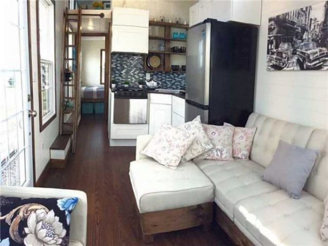 Luxurious and Spacious Tiny House on Wheels for Sale for 89500