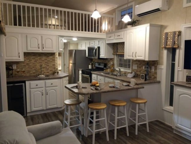 Gorgeous and Spacious Model from Athens Park Homes Feels