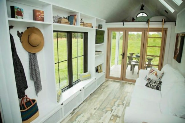 Tiny Home Designs: Perch & Nest Releases Newest Family Size Tiny Farmhouse On