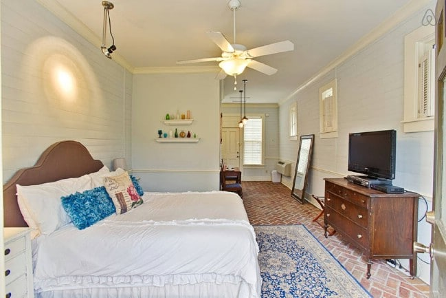 Stay at the Cutest Tiny House in Alabama, the Winchester Manor in New Market