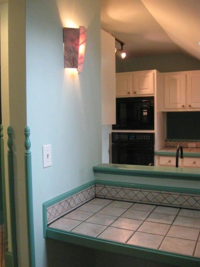 Atlanta Woman Turns Garage of Historic Home into Tiny House Rental