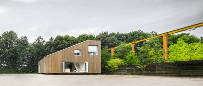 China architects design adaptable tiny house base made from shipping containers tiny houses - Container homes cape town ...