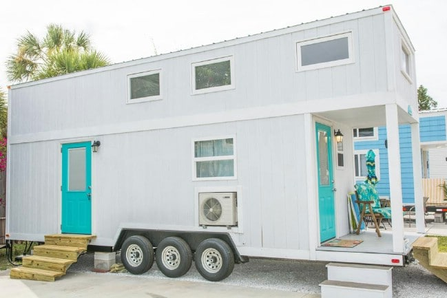 Fantastic Rent This Coastal 300 Square Foot Tiny House In Sarasota Home Interior And Landscaping Elinuenasavecom